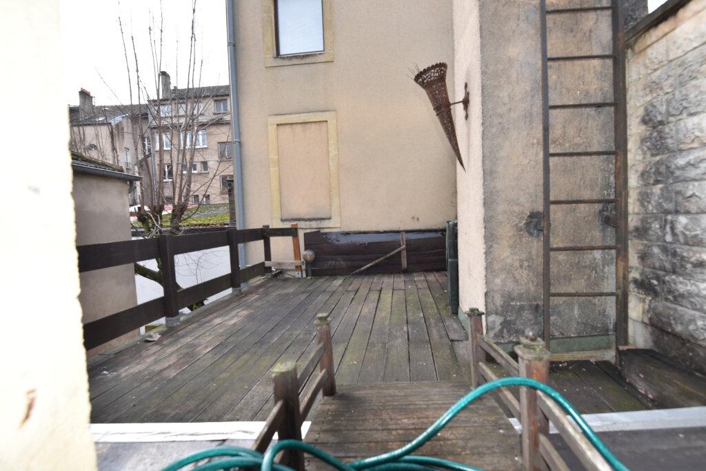 Appartement à louer 4 76m2 à Metz vignette-9