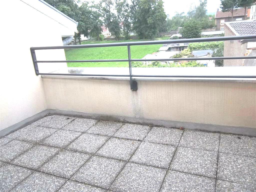 Appartement à louer 4 80m2 à Talange vignette-2