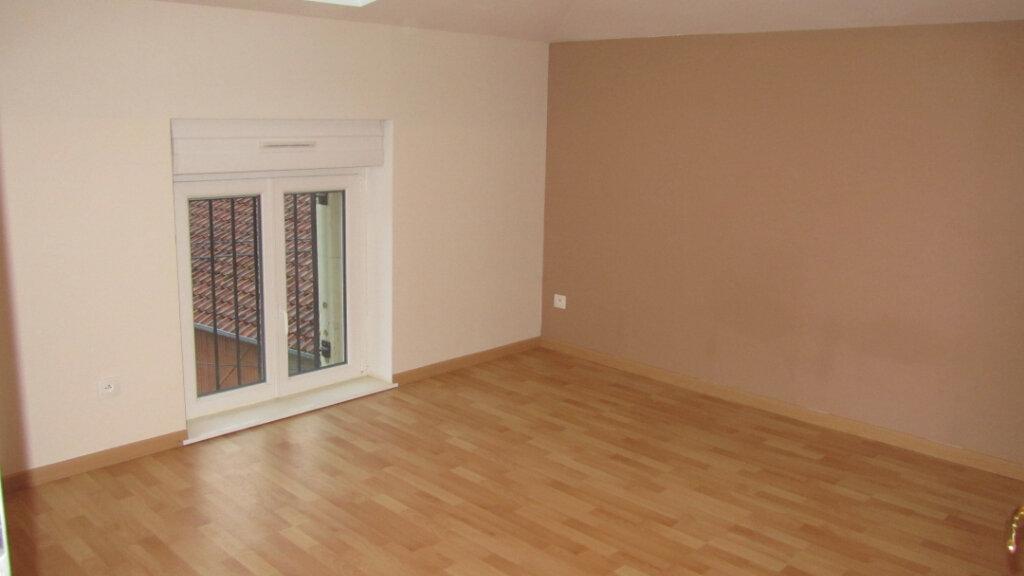 Appartement à louer 4 80m2 à Talange vignette-7