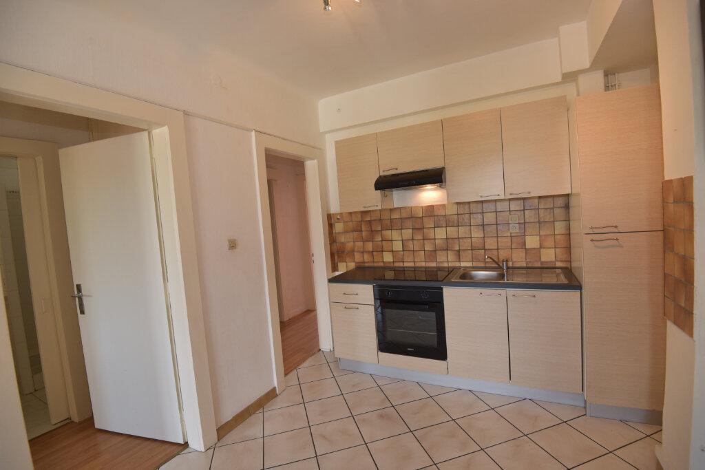 Appartement à louer 3 70m2 à Florange vignette-9