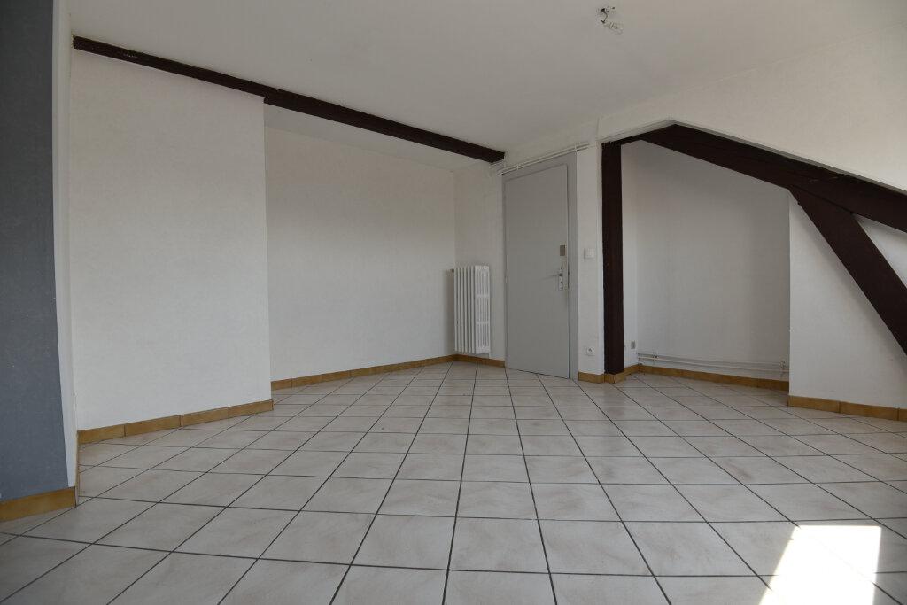Appartement à louer 3 100m2 à Florange vignette-6