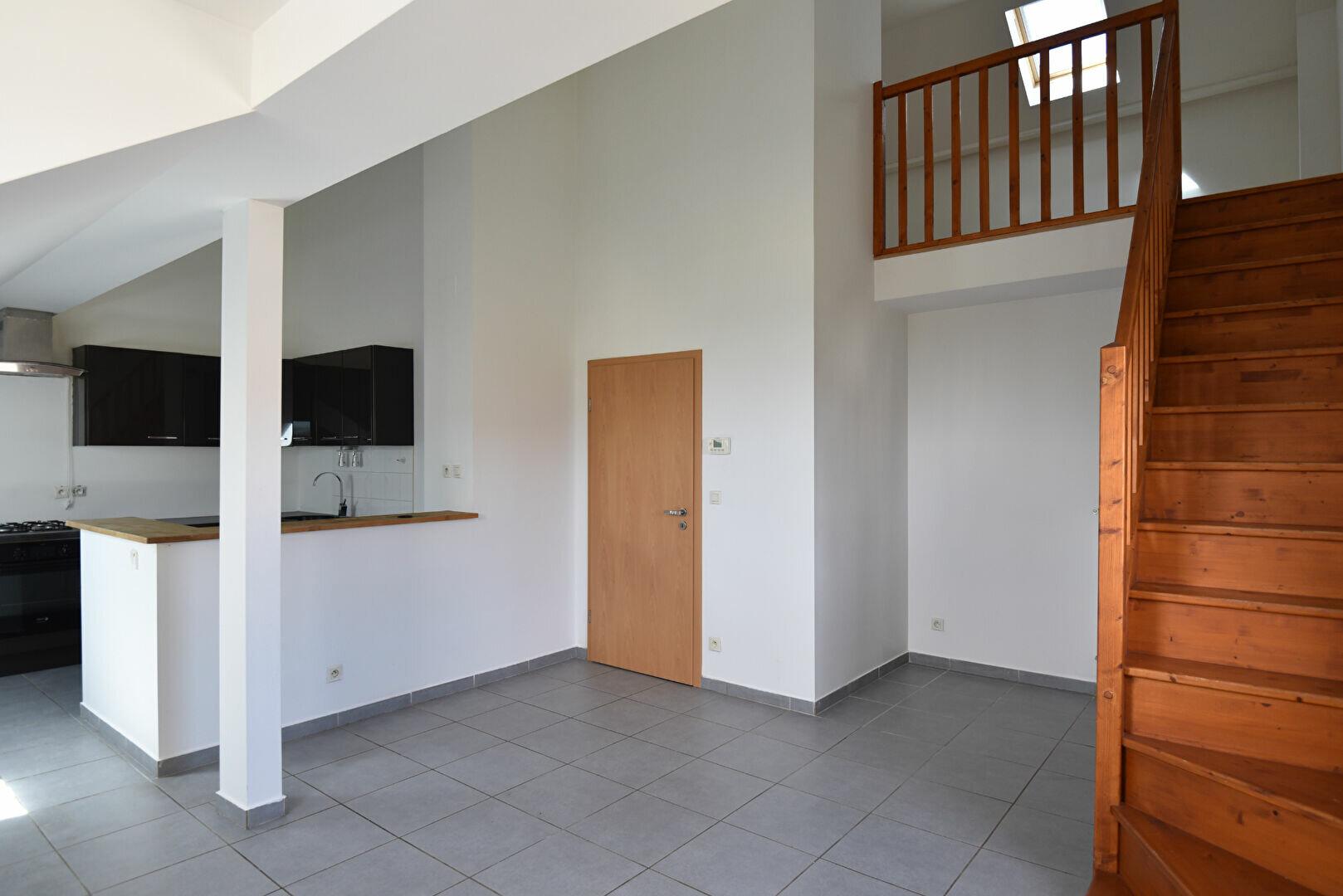 Appartement à louer 3 78.66m2 à Maizières-lès-Metz vignette-4