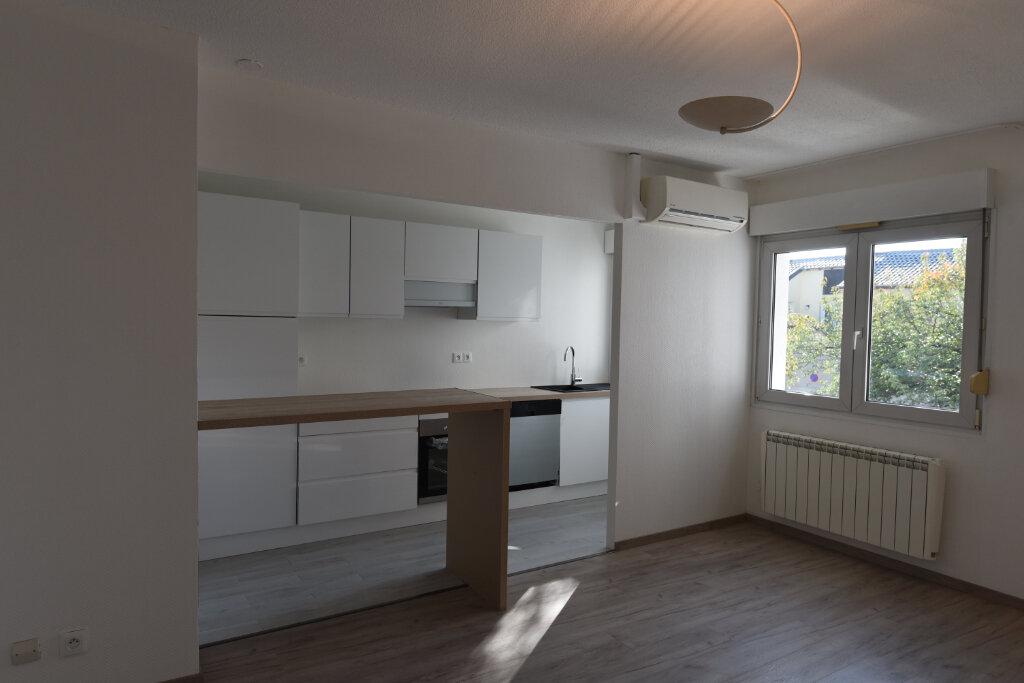 Appartement à louer 3 60.09m2 à Maizières-lès-Metz vignette-1