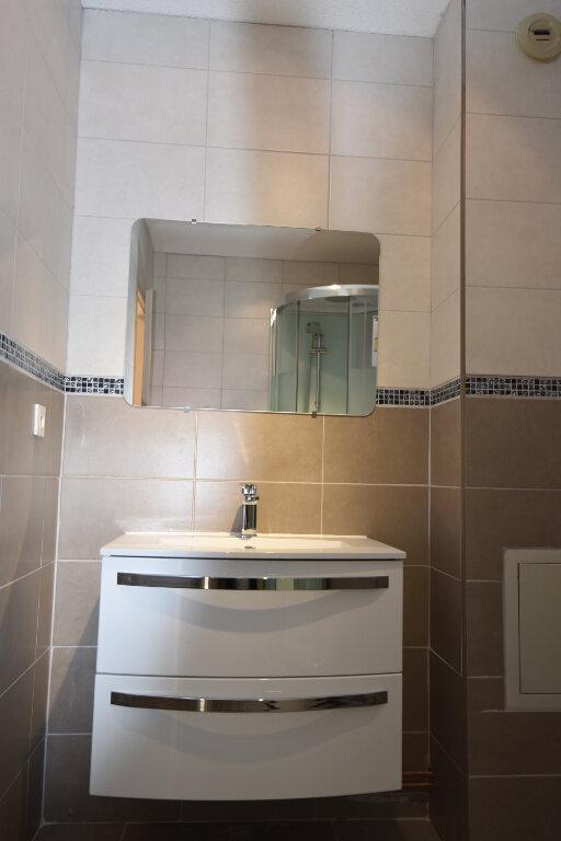Appartement à louer 3 60.09m2 à Maizières-lès-Metz vignette-5