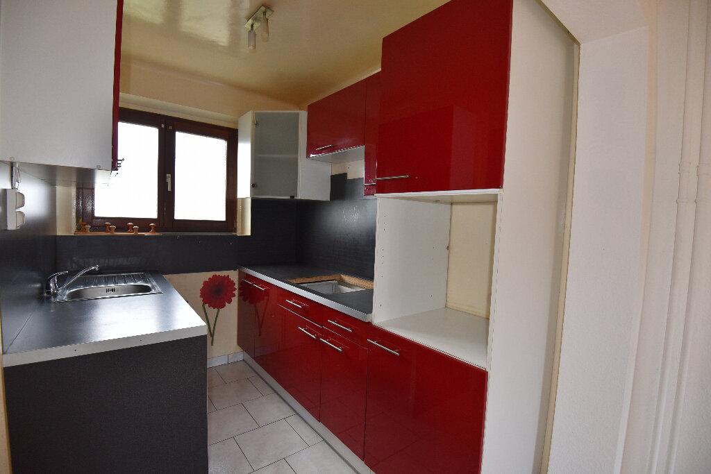 Maison à louer 4 65m2 à Moyeuvre-Grande vignette-4
