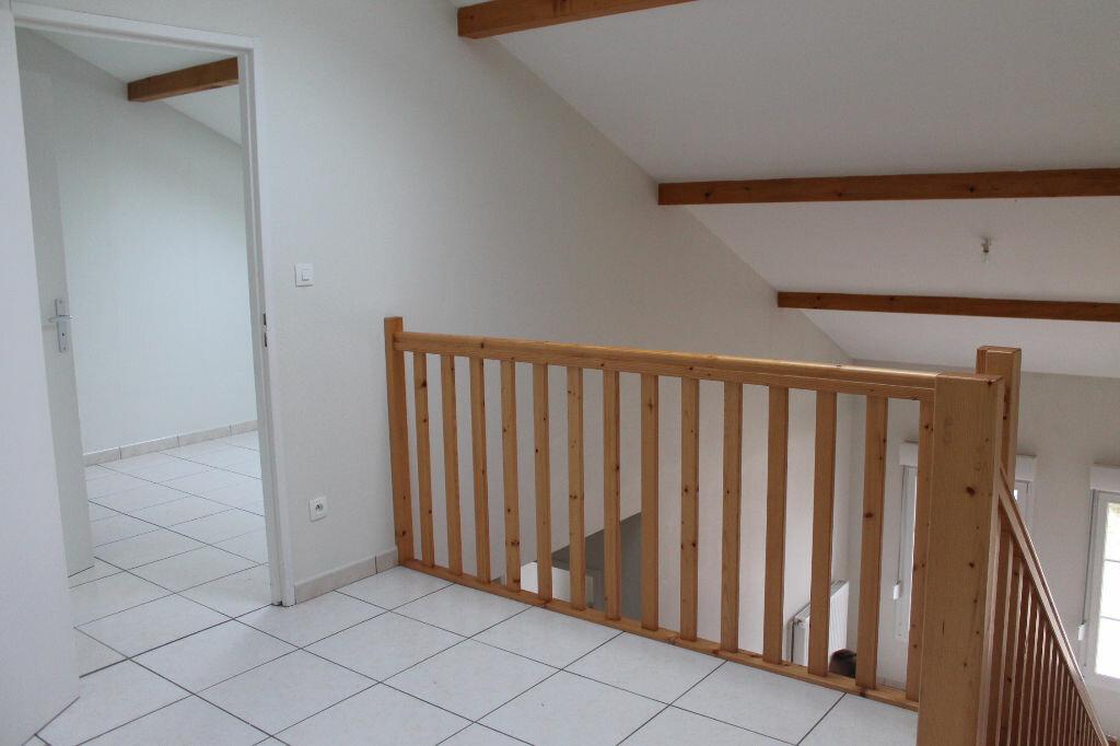 Appartement à louer 4 63m2 à Amnéville vignette-6