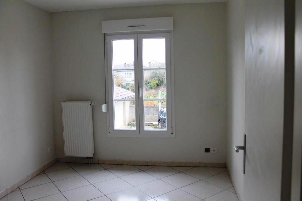 Appartement à louer 4 63m2 à Amnéville vignette-7