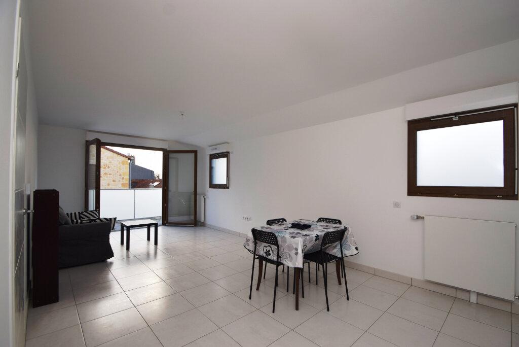 Appartement à louer 2 49.1m2 à Villejuif vignette-1