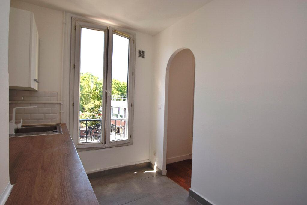Appartement à louer 2 38.02m2 à Issy-les-Moulineaux vignette-7
