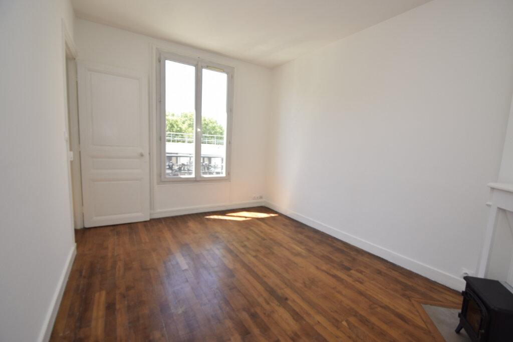 Appartement à louer 2 38.02m2 à Issy-les-Moulineaux vignette-9