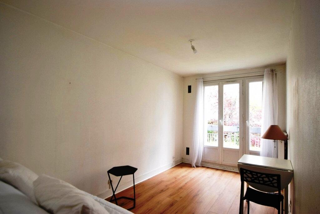 Appartement à louer 1 22.2m2 à Paris 11 vignette-2