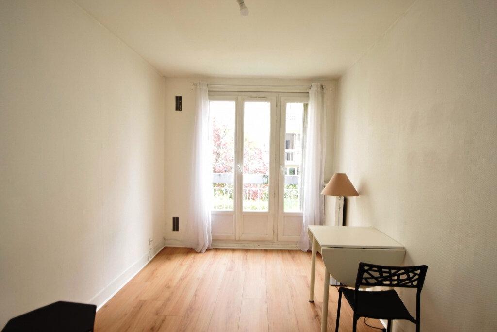 Appartement à louer 1 22.2m2 à Paris 11 vignette-3