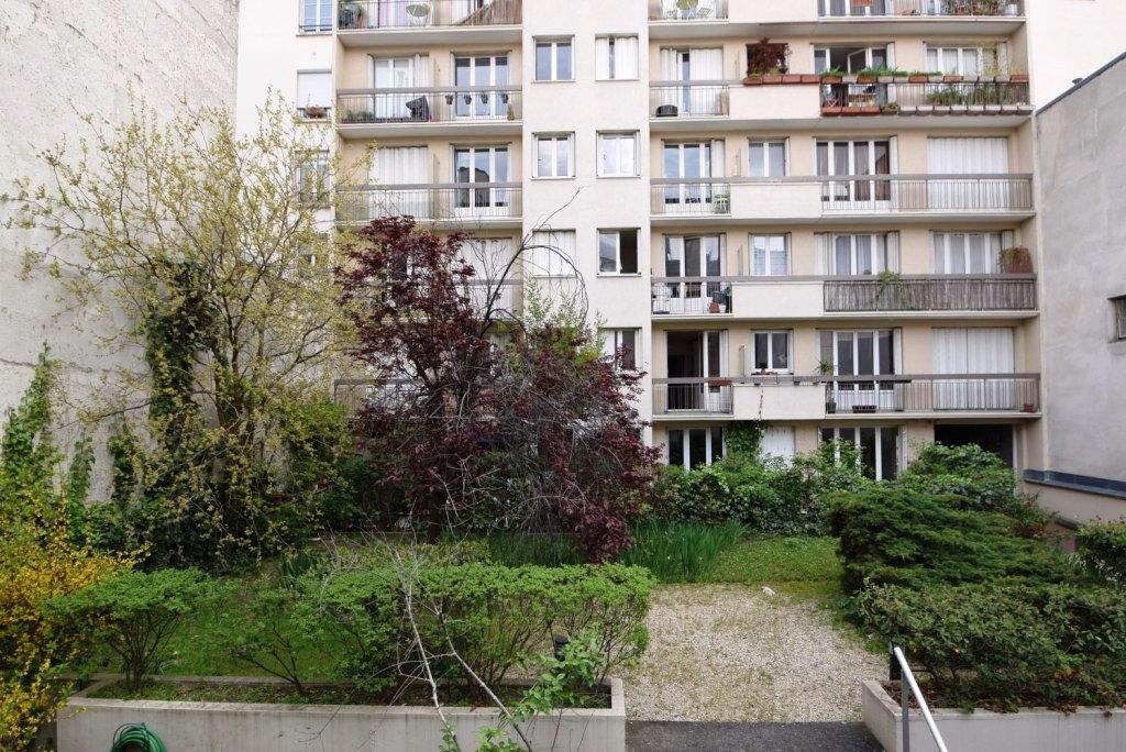 Appartement à louer 1 22.2m2 à Paris 11 vignette-4