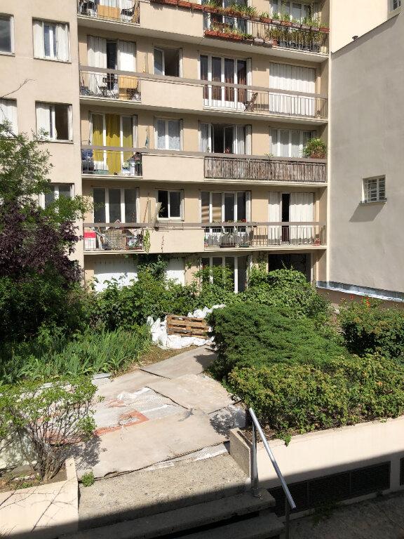 Appartement à louer 1 22.2m2 à Paris 11 vignette-7