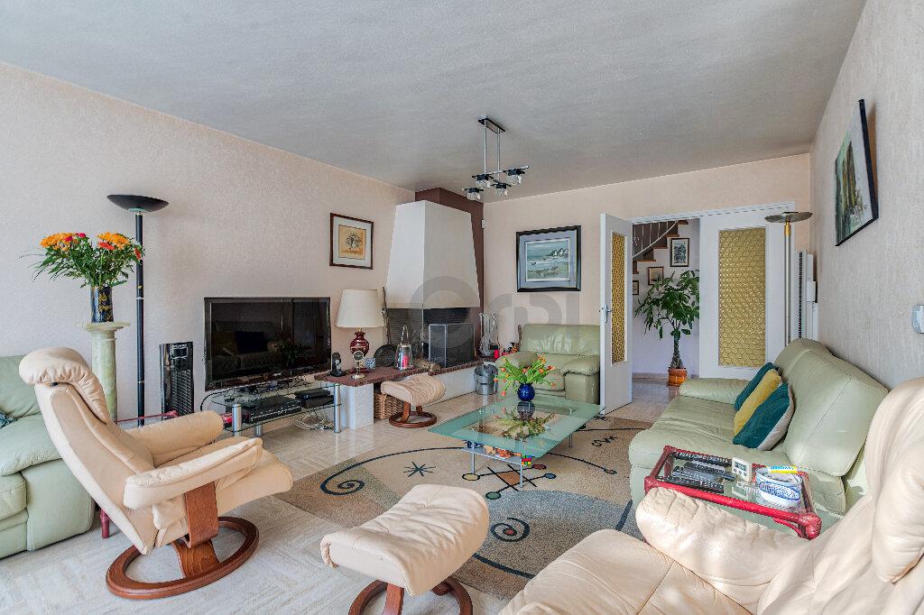 Maison à vendre 6 140m2 à Gournay-sur-Marne vignette-2