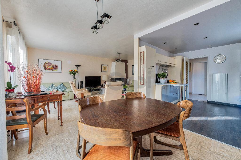 Maison à vendre 6 140m2 à Gournay-sur-Marne vignette-4