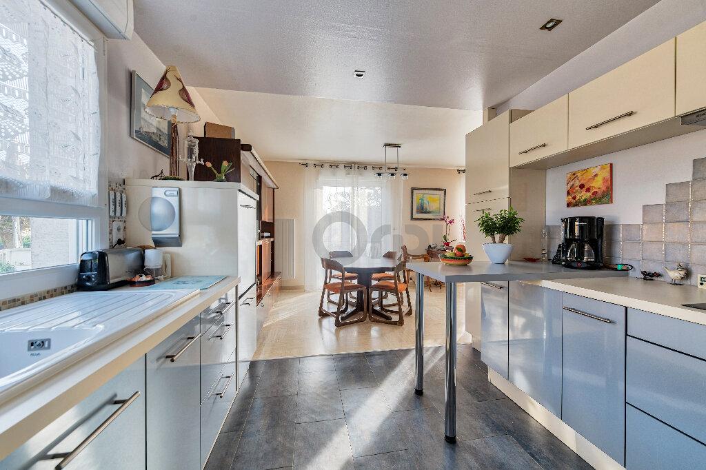 Maison à vendre 6 140m2 à Gournay-sur-Marne vignette-6