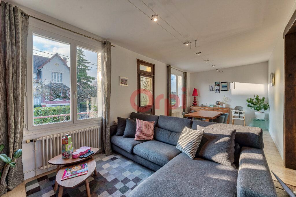 Maison à vendre 5 135m2 à Gournay-sur-Marne vignette-4