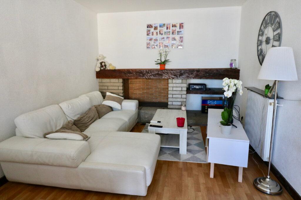 Appartement à louer 2 60m2 à Saint-Vincent-de-Tyrosse vignette-1