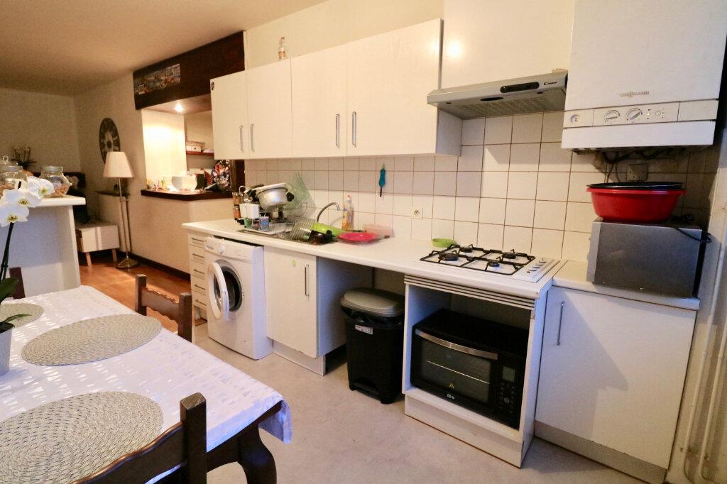Appartement à louer 2 60m2 à Saint-Vincent-de-Tyrosse vignette-2