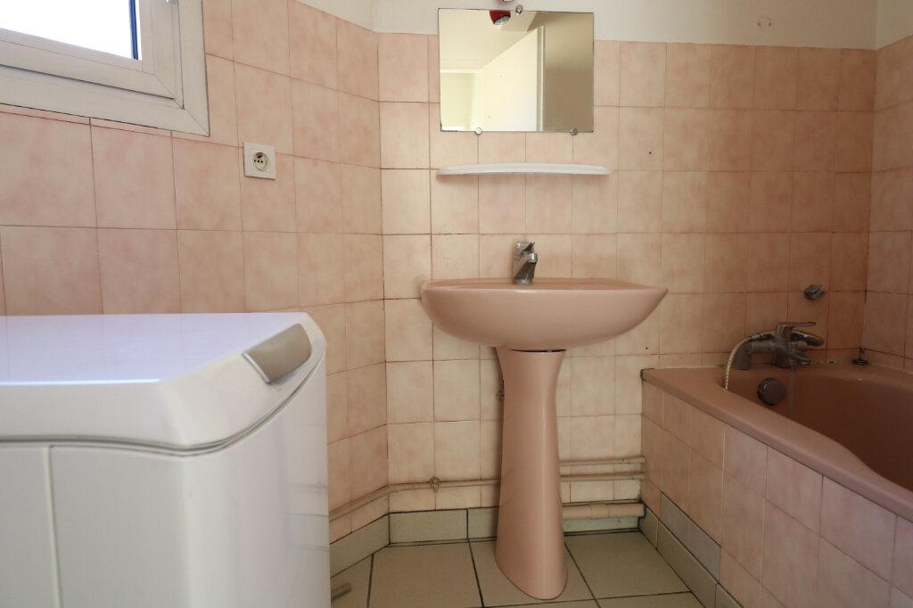 Appartement à louer 2 47.34m2 à Saint-Vincent-de-Tyrosse vignette-6