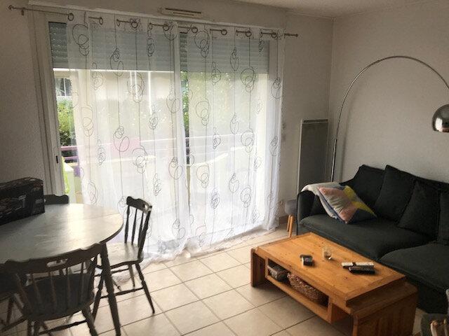 Appartement à vendre 3 60.78m2 à Gujan-Mestras vignette-3