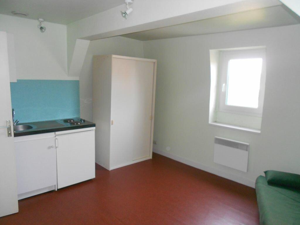 Appartement à louer 1 18m2 à Arras vignette-1