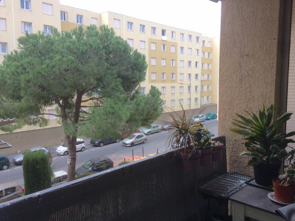 Appartement à vendre 2 61.03m2 à Saint-Laurent-du-Var vignette-1