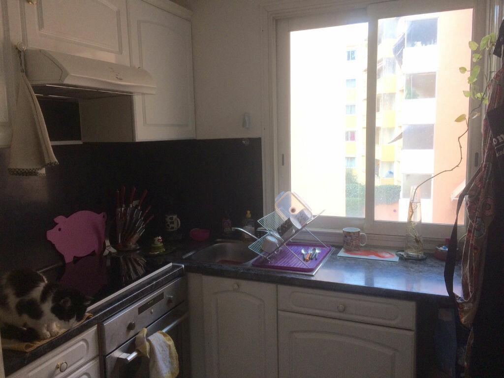 Appartement à vendre 2 61.03m2 à Saint-Laurent-du-Var vignette-3