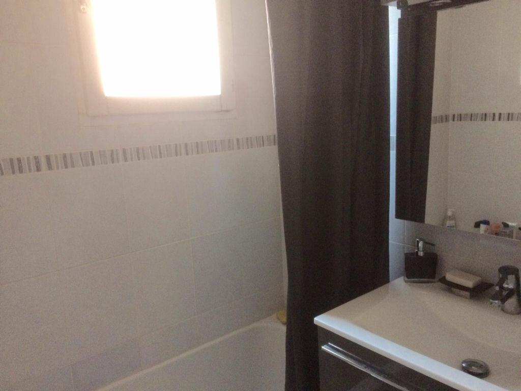Appartement à vendre 2 61.03m2 à Saint-Laurent-du-Var vignette-6