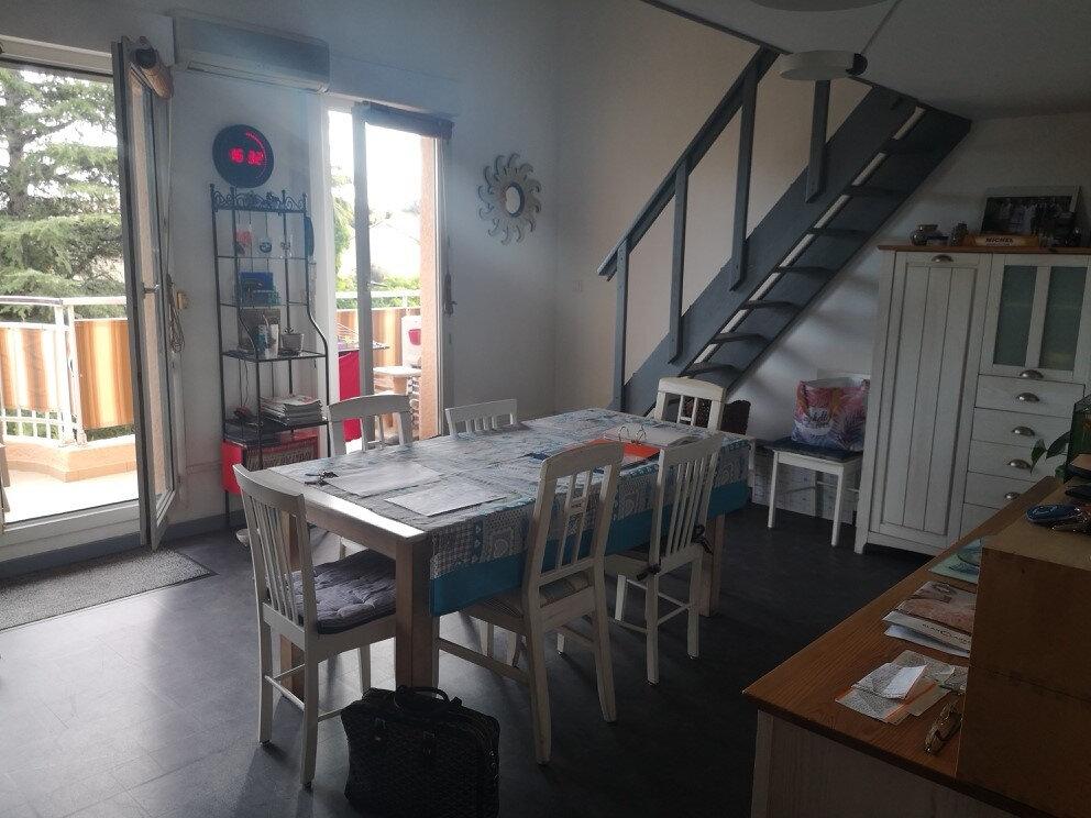 Appartement à vendre 4 89.8m2 à Saint-Laurent-du-Var vignette-3