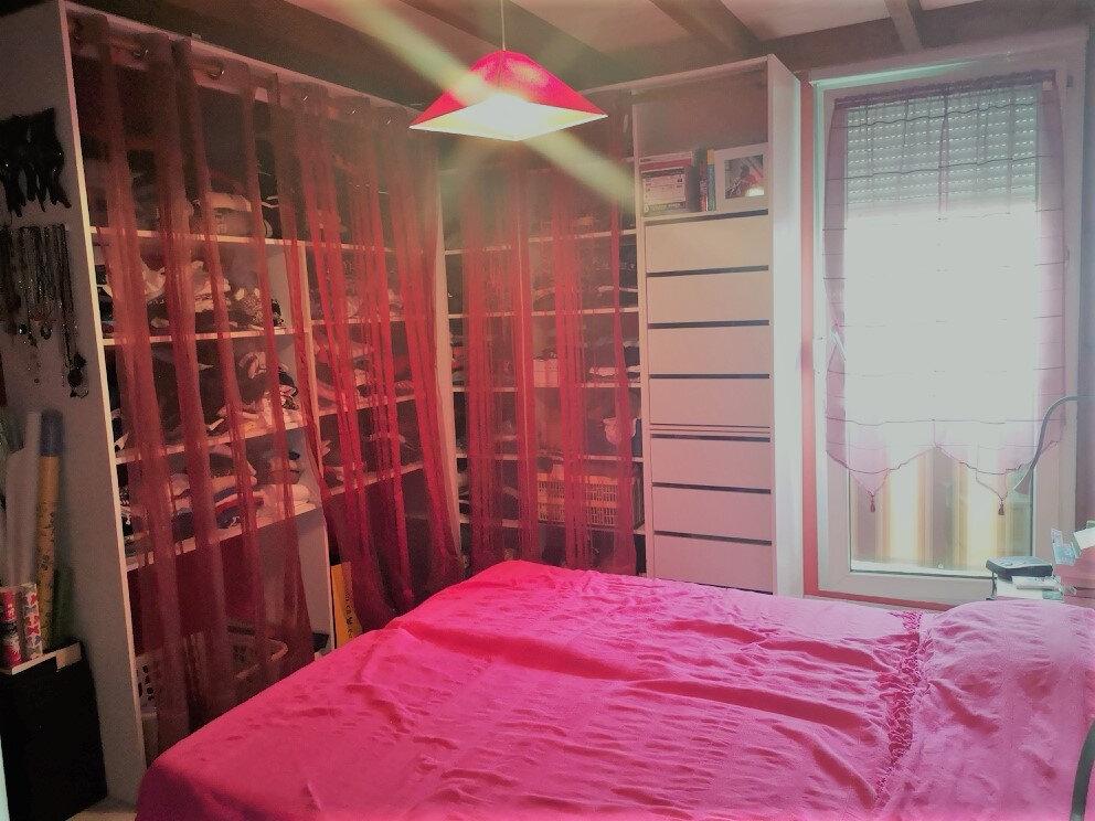 Appartement à vendre 4 89.8m2 à Saint-Laurent-du-Var vignette-9