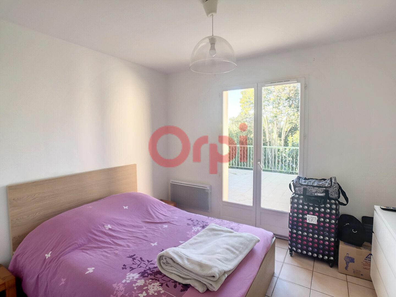 Maison à louer 4 107m2 à Cagnes-sur-Mer vignette-8