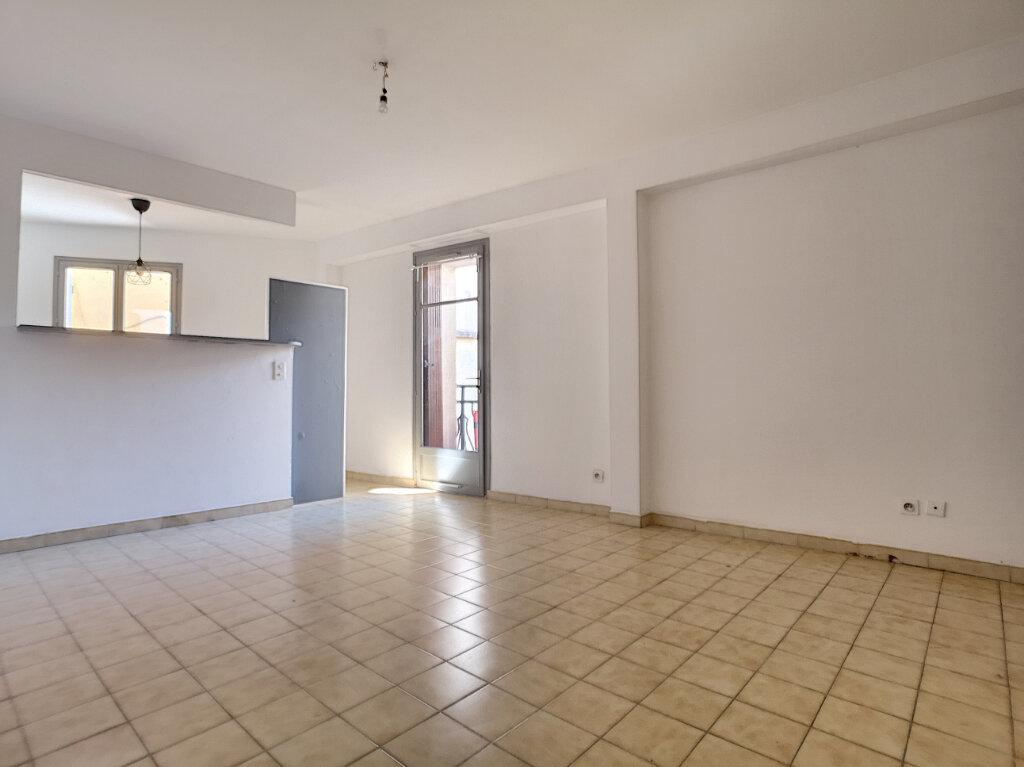Maison à louer 4 62.73m2 à Saint-Laurent-du-Var vignette-2