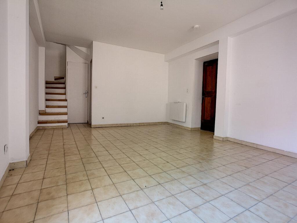 Maison à louer 4 62.73m2 à Saint-Laurent-du-Var vignette-7