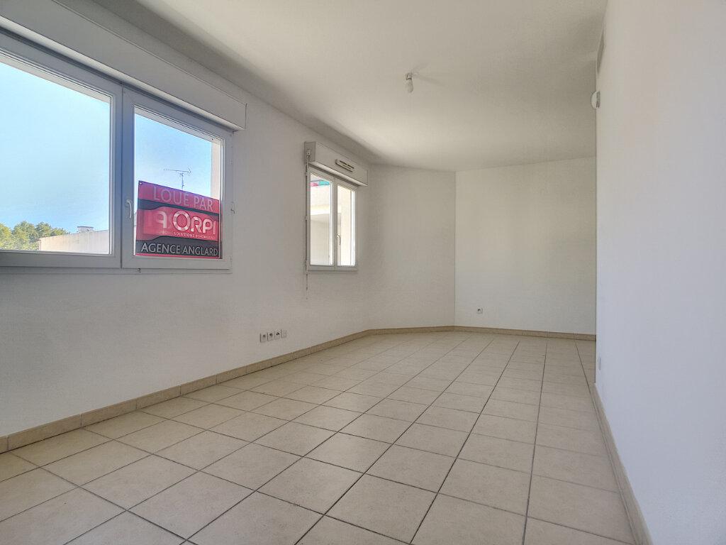 Appartement à louer 1 31.8m2 à Cagnes-sur-Mer vignette-3