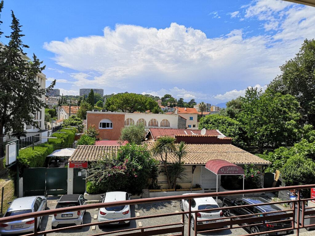 Appartement à louer 2 43.24m2 à Cagnes-sur-Mer vignette-2