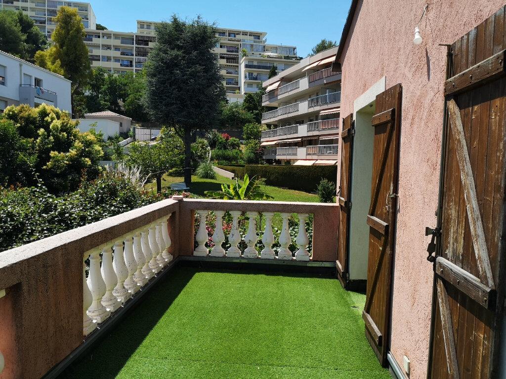 Appartement à louer 3 77m2 à Saint-Laurent-du-Var vignette-3