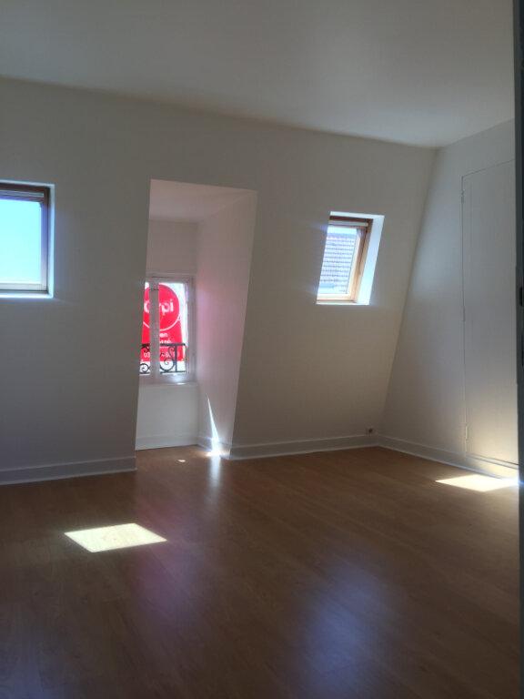 Appartement à louer 3 45m2 à Nancy vignette-2