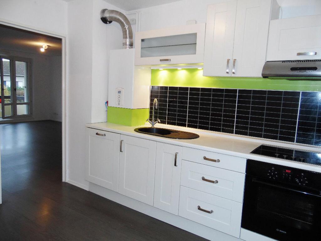 Appartement à louer 5 84m2 à Metz vignette-1