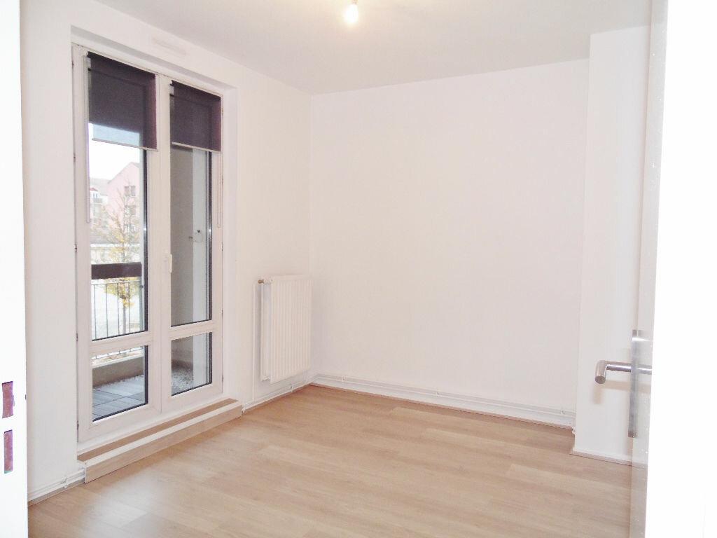 Appartement à louer 5 84m2 à Metz vignette-6