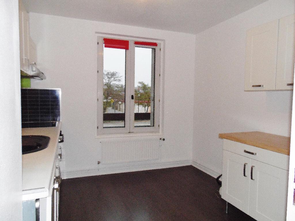 Appartement à louer 5 84m2 à Metz vignette-14