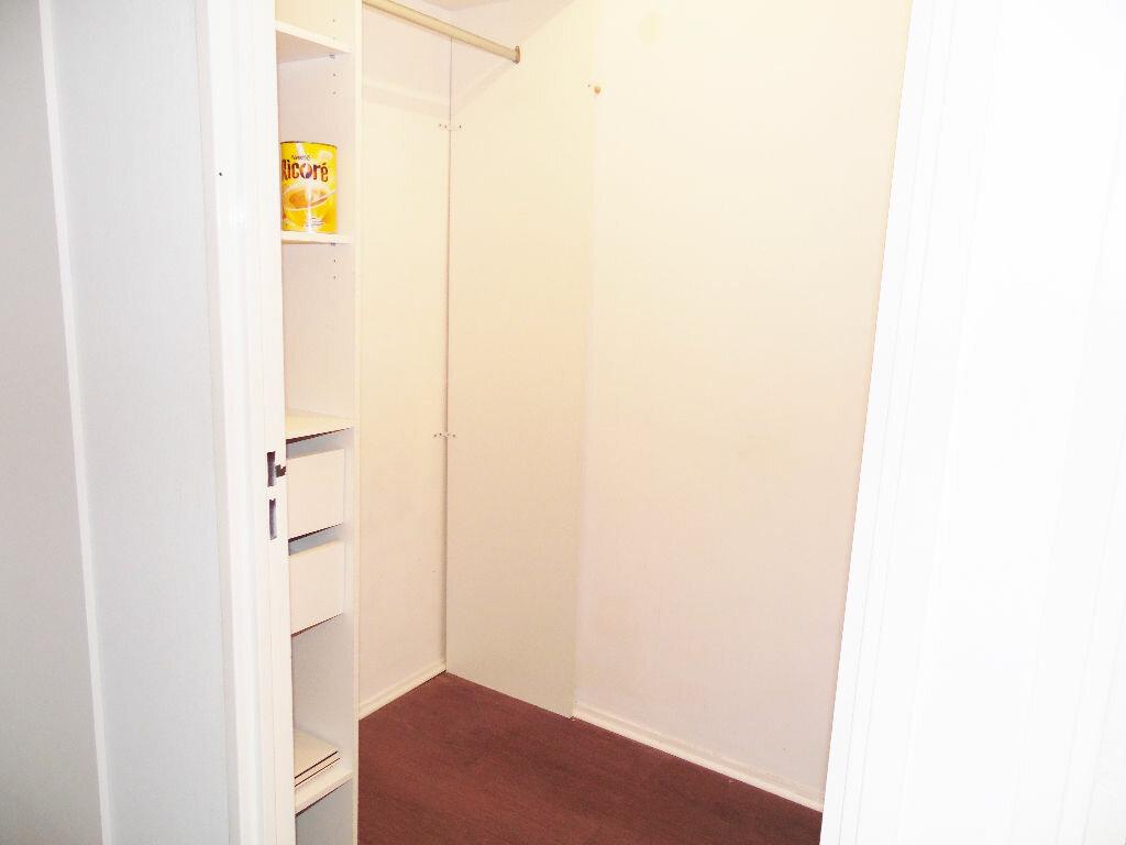 Appartement à louer 5 84m2 à Metz vignette-16