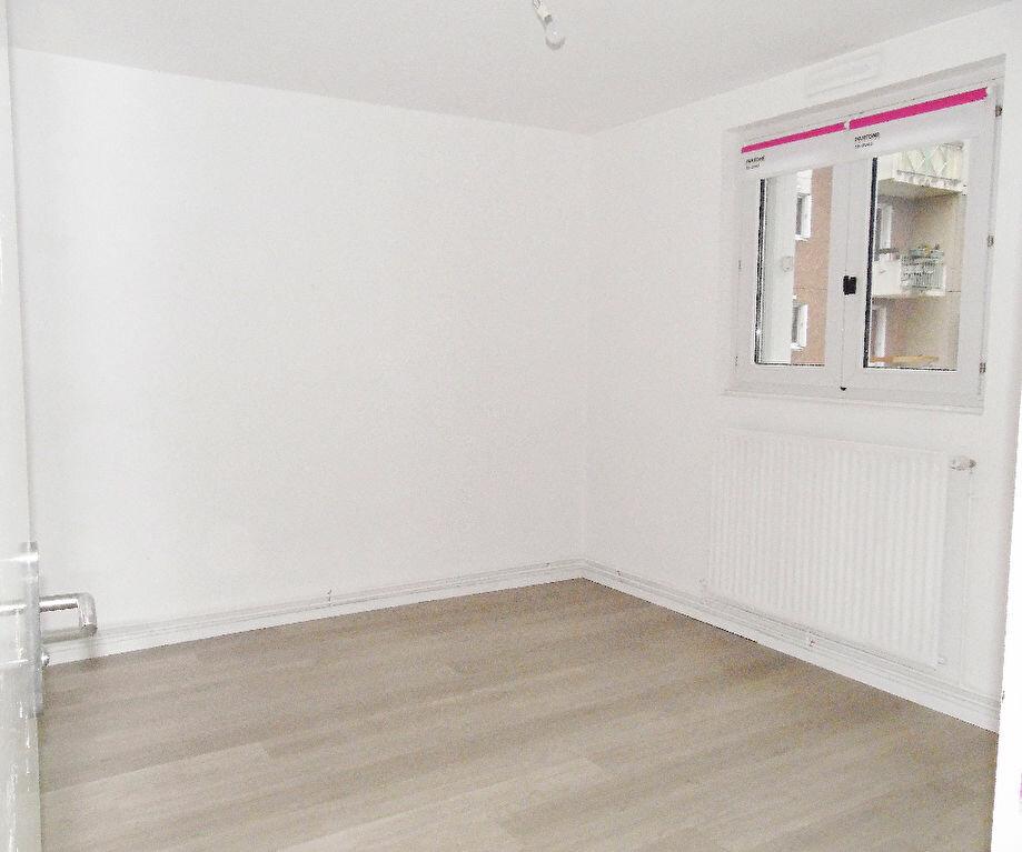 Appartement à louer 5 84m2 à Metz vignette-17