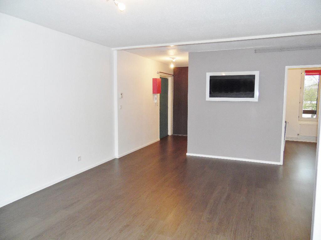 Appartement à louer 5 84m2 à Metz vignette-18