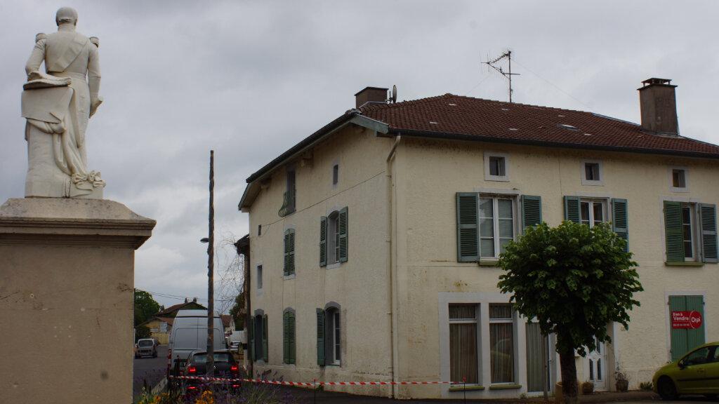 Maison à vendre 8 244m2 à Damvillers vignette-2