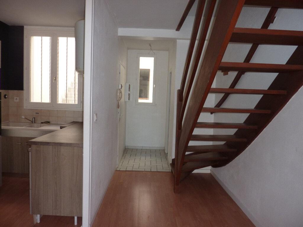 Appartement à louer 3 66m2 à Verdun vignette-1