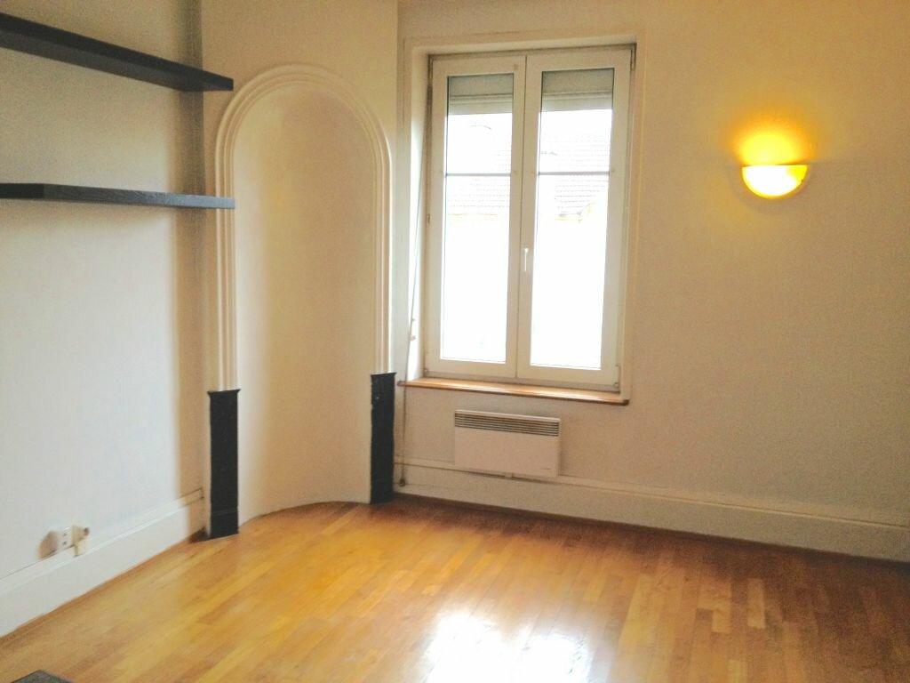 Appartement à louer 3 55.68m2 à Nancy vignette-3