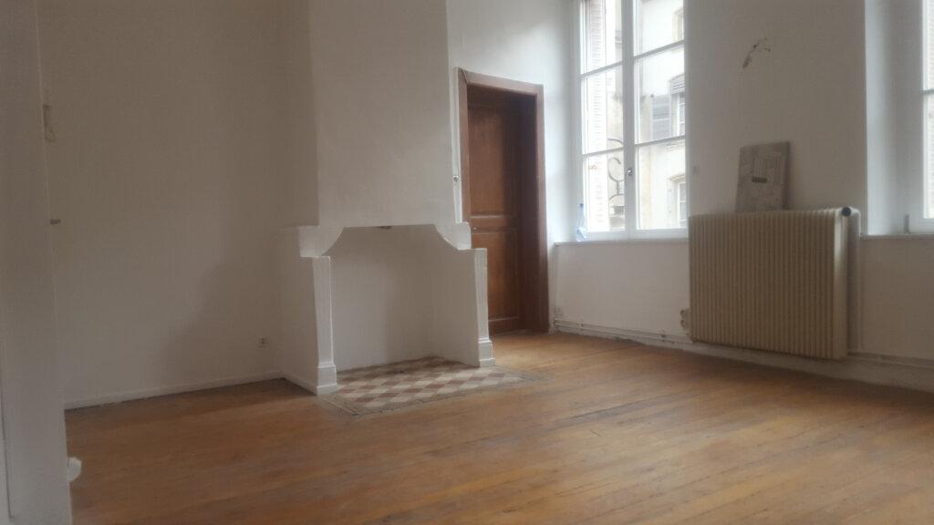 Appartement à louer 4 64m2 à Nancy vignette-1