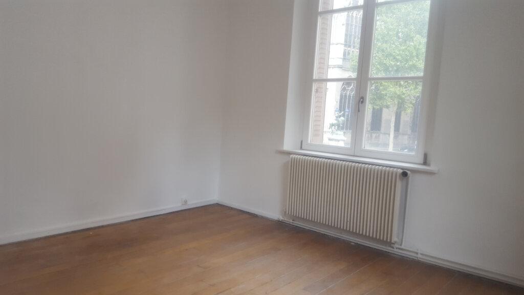 Appartement à louer 4 64m2 à Nancy vignette-2
